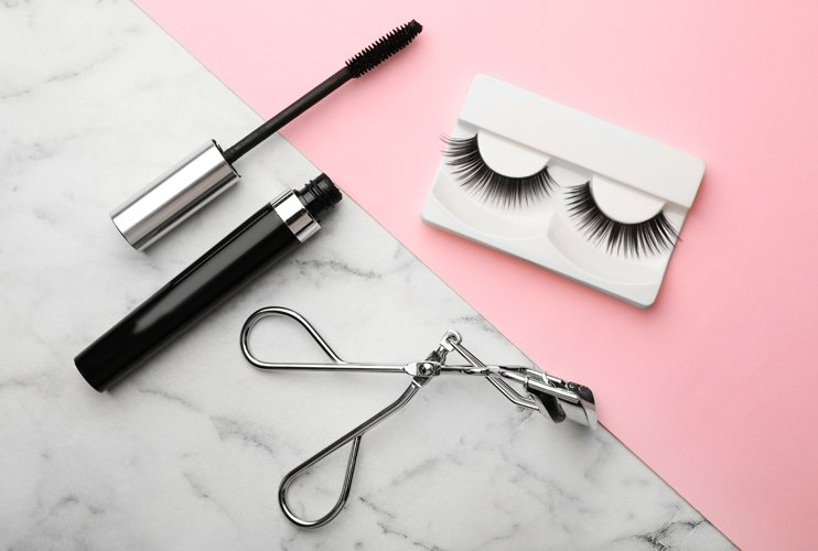 what is the difference between mink and faux mink lashes